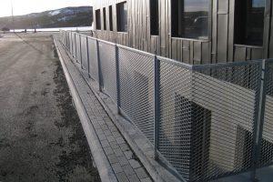 Handrið - Járn rist í ramma